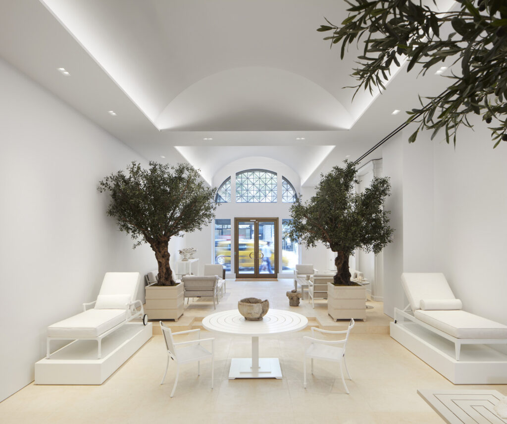 McKinnon and Harris Flagship by Architecture AF