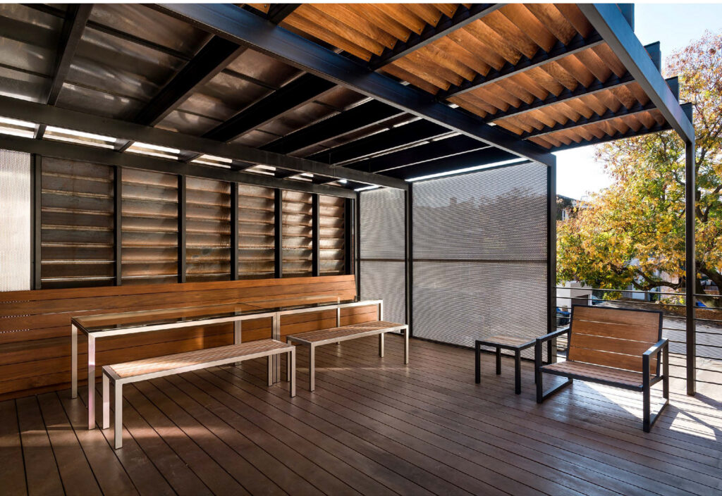 Alley Armor by KUBE architecture PC